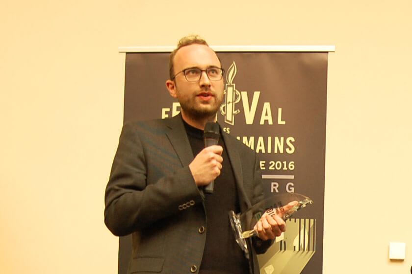 Frédéric Braun gagne l'Amnesty Mediepräis 2016